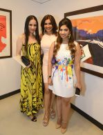 rouble nagi, queenie singh and anandita de at Dilip De_s art event on 16th Aug 2016_57b3e9cf2e743.JPG
