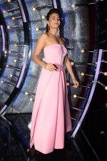 Jacqueline Fernandez on the sets of Jhalak Dikhhla Jaa 9 on 17th Aug 2016 (156)_57b5583290078.JPG
