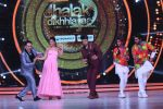 Jacqueline Fernandez, Govinda on the sets of Jhalak Dikhhla Jaa 9 on 17th Aug 2016 (1)_57b57b819e97b.JPG
