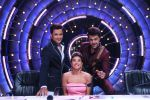 Jacqueline Fernandez, Govinda on the sets of Jhalak Dikhhla Jaa 9 on 17th Aug 2016 (10)_57b57bf27efc2.JPG