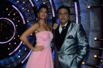Jacqueline Fernandez, Govinda on the sets of Jhalak Dikhhla Jaa 9 on 17th Aug 2016 (170)_57b557ed8d529.JPG