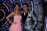 Jacqueline Fernandez, Govinda on the sets of Jhalak Dikhhla Jaa 9 on 17th Aug 2016 (172)_57b557ef31d31.JPG