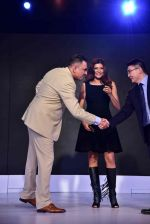 Sushmita Sen, Boman Irani at FDCI event to announce new phone on 17th Aug 2016