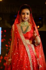 Patralekha at bridal show on 19th Aug 2016 (54)_57ba9c27a20c1.JPG