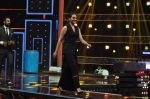 Sonakshi Sinha on the sets of Dance plus 2 on 21st Aug 2016 (29)_57bacb01d13f2.JPG