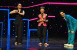 Sonakshi Sinha on the sets of Dance plus 2 on 21st Aug 2016 (33)_57bacb05d9e1e.JPG