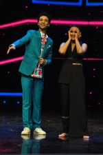 Sonakshi Sinha on the sets of Dance plus 2 on 21st Aug 2016 (52)_57bacb17b71a0.JPG