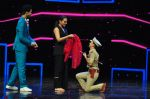 Sonakshi Sinha on the sets of Dance plus 2 on 21st Aug 2016 (62)_57bacb1ec9a70.JPG