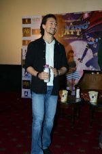 Tiger Shroff at the The Flying Jatt Press Conference in Delhi on 18th Aug 2016 (88)_57ba9880396e1.jpg