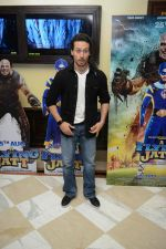 Tiger Shroff at the The Flying Jatt Press Conference in Delhi on 18th Aug 2016 (89)_57ba988165ef3.jpg