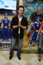 Tiger Shroff at the The Flying Jatt Press Conference in Delhi on 18th Aug 2016 (93)_57ba988674146.jpg