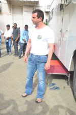 Sohail Khan snapped on 22nd Aug 2016 (12)_57bc10120697a.JPG