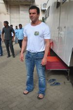 Sohail Khan snapped on 22nd Aug 2016 (14)_57bc1014b28fc.JPG
