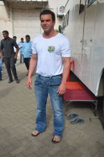 Sohail Khan snapped on 22nd Aug 2016 (15)_57bc1015e733a.JPG