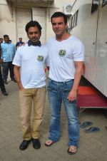 Sohail Khan, Nawazuddin Siddiqui snapped on 22nd Aug 2016 (23)_57bc101f017c5.JPG