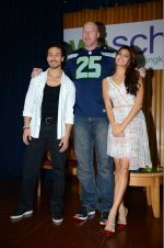 Jacqueline Fernandez, Tiger Shroff, Nathan Jones at The Flying Jatt promotions on 23rd Aug 2016 (322)_57bd52fe140b7.JPG