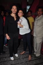 Jacqueline Fernandez, Tiger Shroff at The Flying Jatt screening in Mumbai on 23rd Aug 2016 (18)_57bd47688cd87.JPG