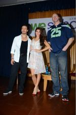 Jacqueline Fernandez, Tiger Shroff, Nathan Jones at The Flying Jatt promotions on 23rd Aug 2016 (309)_57bd53d3dc75a.JPG