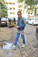 Jimmy Shergill snapped outside Miss Malini_s office on 23rd Aug 2016 (3)_57bd47b769231.JPG