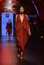 Model walk the ramp for Tarun Tahiliani Show at Lakme Fashion Week 2016 on 23rd Aug 2016 (30)_57bd3ad855cb7.JPG