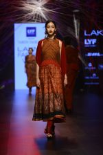 Model walk the ramp for Tarun Tahiliani Show at Lakme Fashion Week 2016 on 23rd Aug 2016 (114)_57bd3bb385b3e.JPG