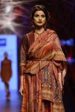 Model walk the ramp for Tarun Tahiliani Show at Lakme Fashion Week 2016 on 23rd Aug 2016 (130)_57bd3be93ea7d.JPG