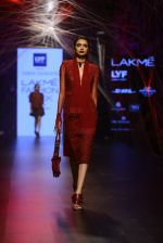 Model walk the ramp for Tarun Tahiliani Show at Lakme Fashion Week 2016 on 23rd Aug 2016 (75)_57bd3b463ab75.JPG