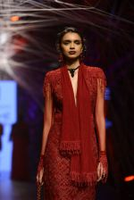 Model walk the ramp for Tarun Tahiliani Show at Lakme Fashion Week 2016 on 23rd Aug 2016 (76)_57bd3b4918b76.JPG