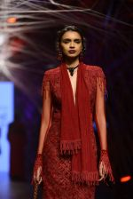 Model walk the ramp for Tarun Tahiliani Show at Lakme Fashion Week 2016 on 23rd Aug 2016 (77)_57bd3b4c05fd9.JPG