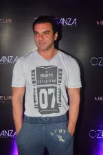 Sohail Khan at Oz fashion event in Mumbai on 23rd Aug 2016 (152)_57bd5e8947f92.JPG