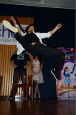 Tiger Shroff at The Flying Jatt promotions on 23rd Aug 2016 (143)_57bd54195bbce.JPG