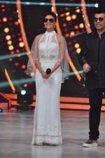 Jacqueline Fernandez on the sets of jhalak dikhhla jaa 9 on 24th Aug 2016 (159)_57bec245aeb5d.JPG