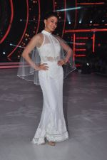 Jacqueline Fernandez on the sets of jhalak dikhhla jaa 9 on 24th Aug 2016 (163)_57bec24dad758.JPG