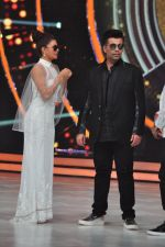 Karan Johar on the sets of jhalak dikhhla jaa 9 on 24th Aug 2016 (141)_57bec27542bed.JPG