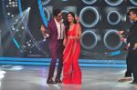 Katrina Kaif and Sidharth Malhotra promote Bar Bar Dekho on the sets of jhalak dikhhla jaa 9 on 24th Aug 2016 (168)_57bec37d0965e.JPG