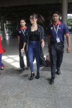 Shraddha Kapoor back from cape town on 24th Aug 2016 (19)_57beb56944eca.JPG