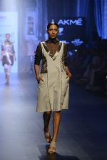at Gen Next Show at Lakme Fashion Week 2016 on 24th Aug 2016 (126)_57beb8fd10d19.JPG