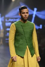 at Gen Next Show at Lakme Fashion Week 2016 on 24th Aug 2016 (397)_57bebe38202cb.JPG