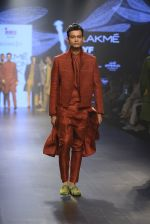 at Gen Next Show at Lakme Fashion Week 2016 on 24th Aug 2016 (411)_57bebe72c36ff.JPG