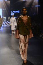 at Gen Next Show at Lakme Fashion Week 2016 on 24th Aug 2016 (327)_57bebcea264fc.JPG