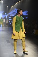 at Gen Next Show at Lakme Fashion Week 2016 on 24th Aug 2016 (399)_57bebe412d1f2.JPG