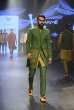 at Gen Next Show at Lakme Fashion Week 2016 on 24th Aug 2016 (403)_57bebe4ec07c8.JPG