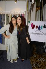 Nauheed Cyrusi snapped at designer Urvee Adhikari stall at Lakme fashion week on 25th Aug 2016 (24)_57bff4ec960b3.JPG