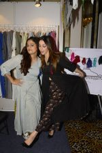 Nauheed Cyrusi snapped at designer Urvee Adhikari stall at Lakme fashion week on 25th Aug 2016 (26)_57bff4f56af8a.JPG