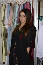 Nauheed Cyrusi snapped at designer Urvee Adhikari stall at Lakme fashion week on 25th Aug 2016 (58)_57bff58294f0d.JPG