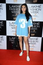 Perina Qureshi at Lakme Fashion Week 2016 Day 2 on 25th Aug 2016 (97)_57c00ae58e1e8.JPG