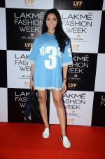 Perina Qureshi at Lakme Fashion Week 2016 Day 2 on 25th Aug 2016 (101)_57c00af482f5a.JPG