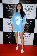Perina Qureshi at Lakme Fashion Week 2016 Day 2 on 25th Aug 2016