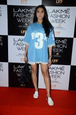 Perina Qureshi at Lakme Fashion Week 2016 Day 2 on 25th Aug 2016 (99)_57c00aece3439.JPG