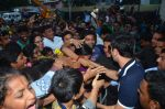 Ranbir Kapoor during the Mumbai City FC Dahi Handi Utsav at Shahaji Raje Bhosle Kreeda Sankul on 25th Aug 2016 (110)_57bff97e9342f.JPG